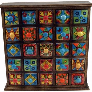 Apothekerschränkchen mit 25 Schubladen aus Keramik