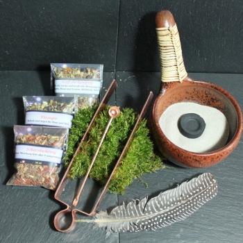 Räucherset mit Räucherpfanne, Zubehör & Räucherwerk